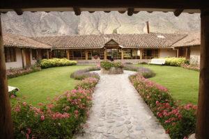 la casona de yucay - mesarina y clark arquitectas
